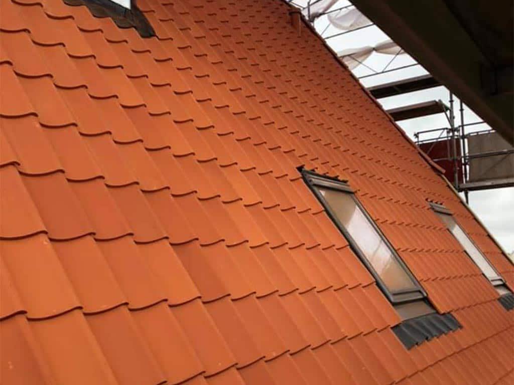 renovering og udskiftning af tag i samarbejde med hagelund tømrer/snedker